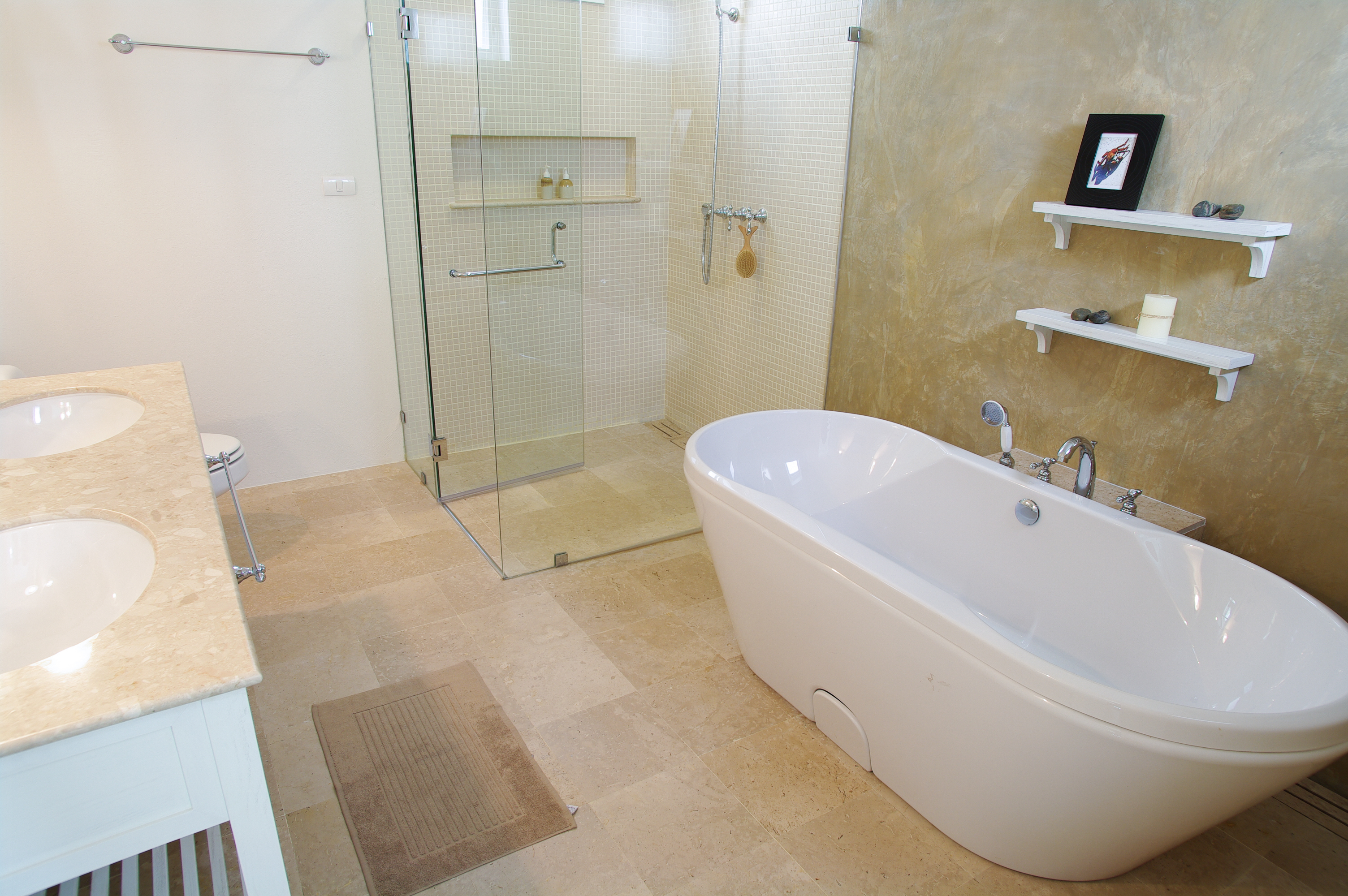 guest post luxury bathrooms selecting a freestanding. Black Bedroom Furniture Sets. Home Design Ideas